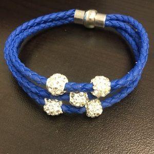 Jewelry - Blue multi strand rope bracelet
